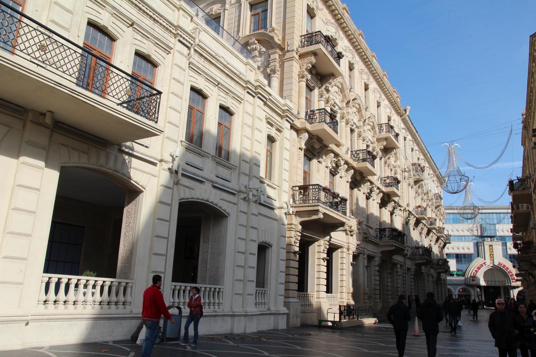 Baku 011