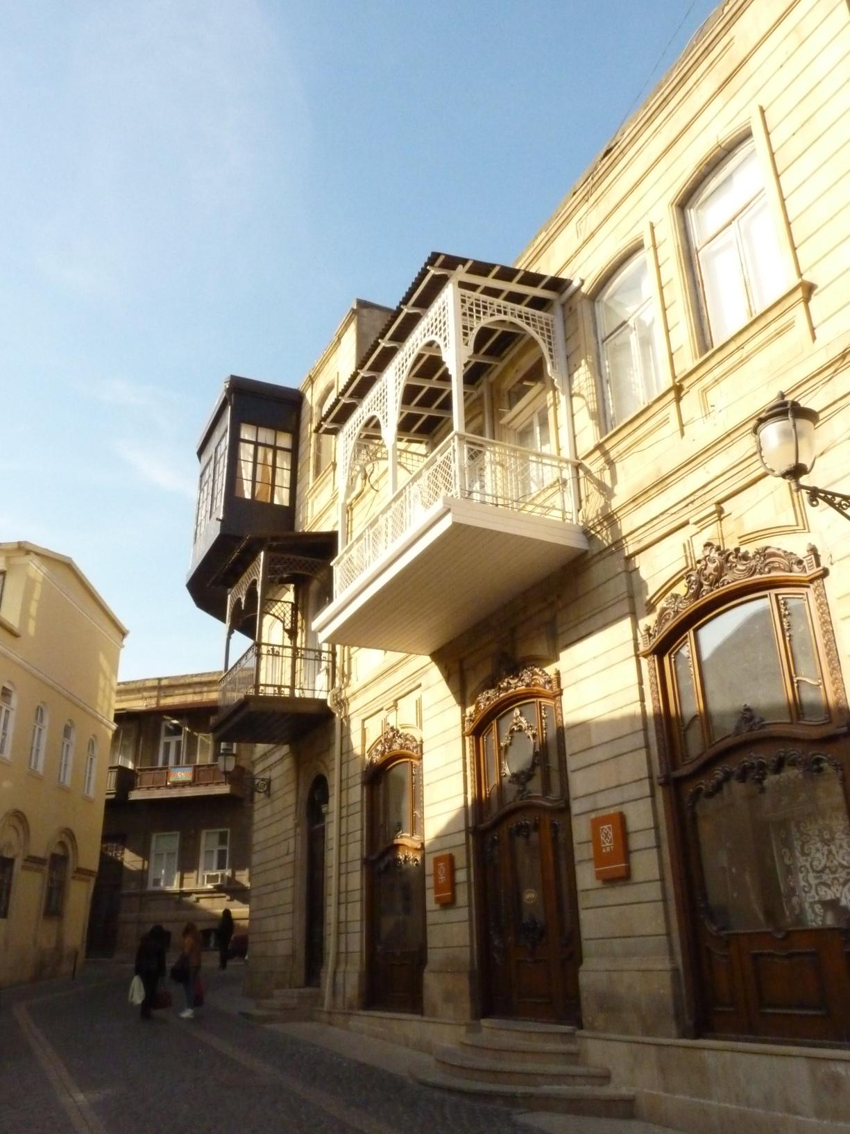 Baku 055