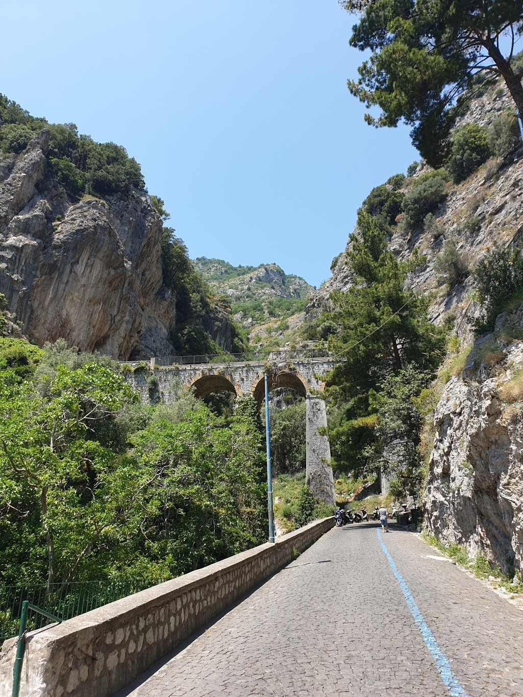 Neapol-i-Amalfi115